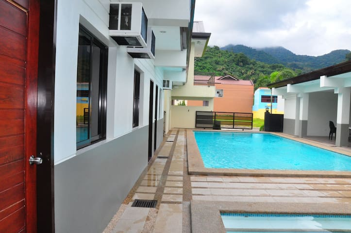Hot Spring Private Pool Resort in Laguna - Los Baños - Villa