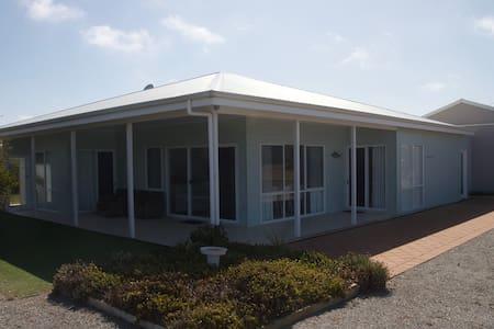 Diamond View Beach House