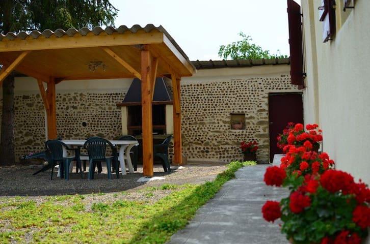 Maison de Campagne Gersoise - Labarthète - Rumah