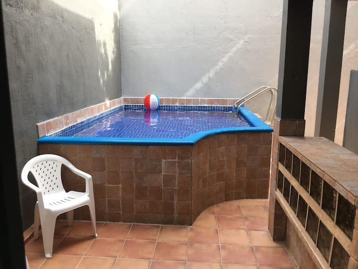 **Private Pool Paradise**       VACATION TIME !!
