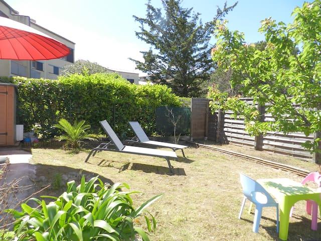 Joli appartement F2 Presqu'île de Giens - Hyères - Lägenhet
