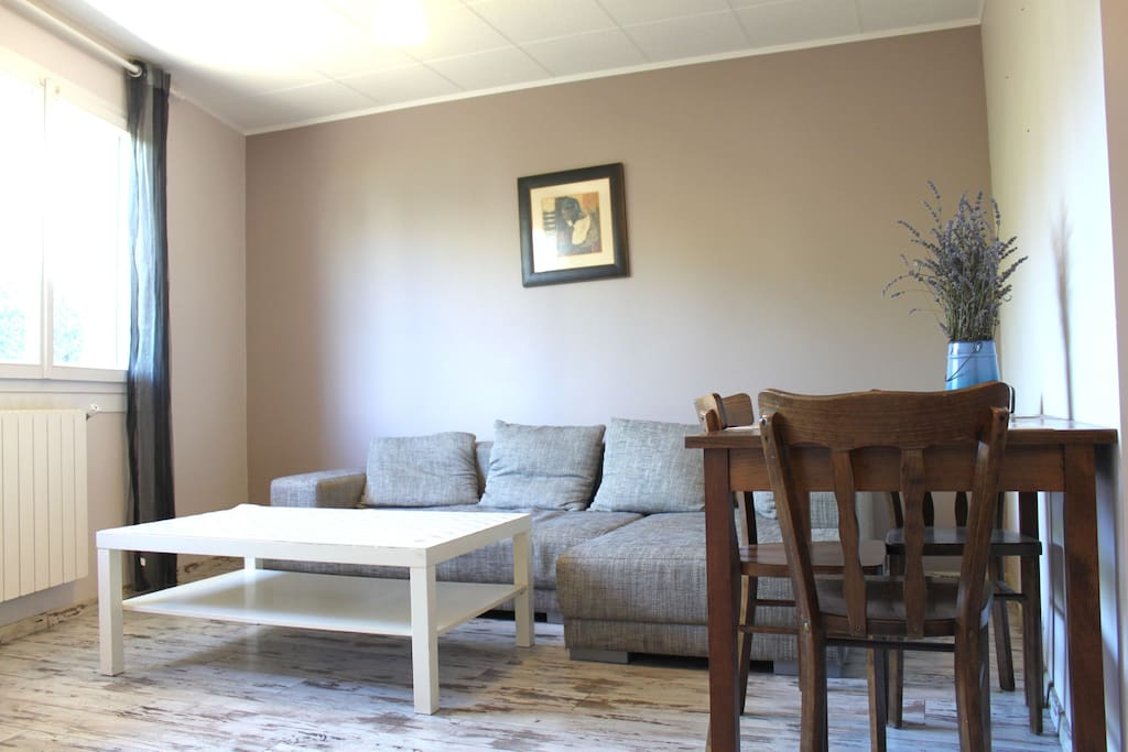 T2 joli appartement minimes appartements louer for Location garage toulouse minimes