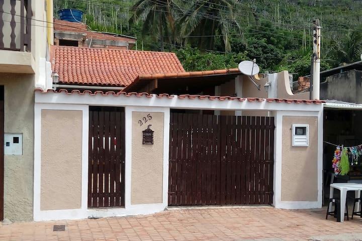 Casa 2 quartos - Praia dos Anjos