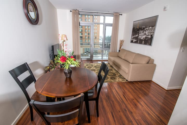 Luxury condo near dc with metro accessibility - Hyattsville - Appartement en résidence