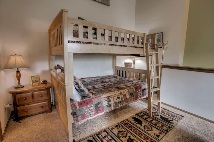 Full size double bunks, sleeps 4 adults.