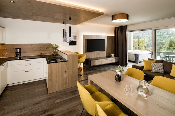 'Two Bedroom Suite with  Whirlpool' in the Panorama Residence Saltaus with Mountain View, Wi-Fi, Terrace, Jacuzzi & Vitality Area; Parking Available