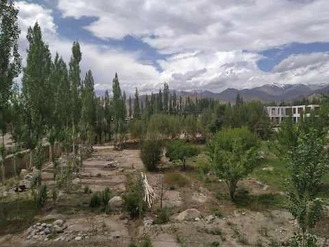 Ladakh Scholars Club