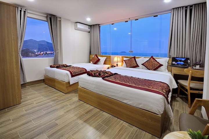 Iridescent Cloud Hotel, beach frontview
