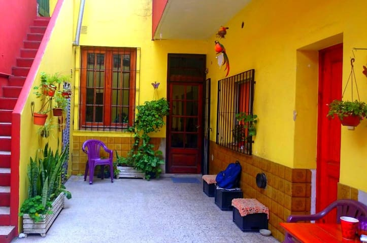 Habitación amplia y cómoda en Nuñez