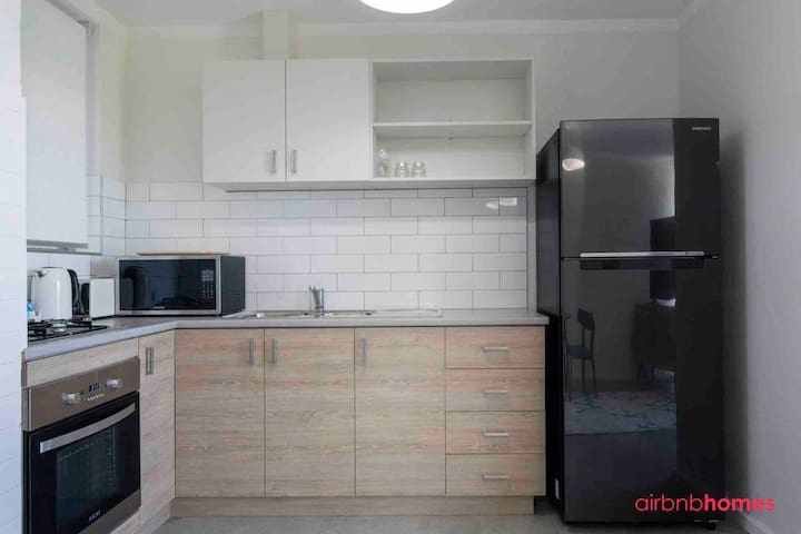 Renovated apartment - Close to River & Perth CBD