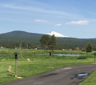Next to Sunriver Lodge & Great Hall - SUNRIVER - Kondominium