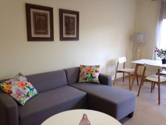 Apartamento con gran terraza - Arona
