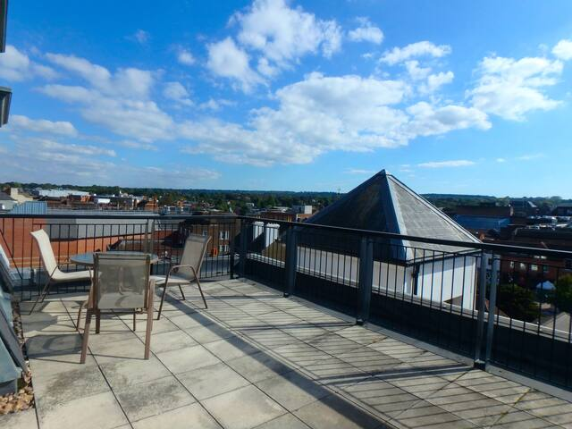 Penthouse apartment in central Epsom - Epsom - Appartement