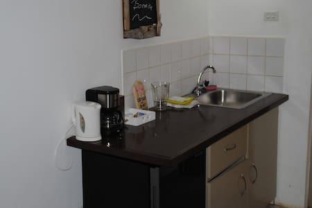 The Lodge, ruime kamers in gezellige B&B - Kralendijk - Oda + Kahvaltı