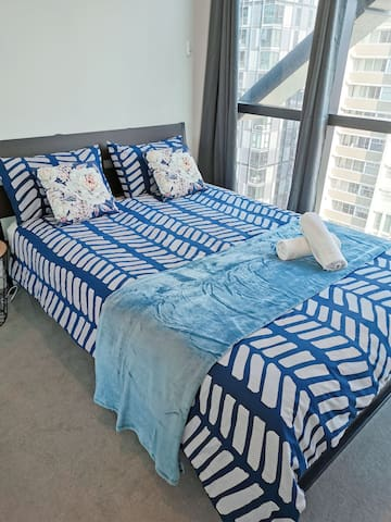 Well Located 1BD Apartment in Melbourne CBD