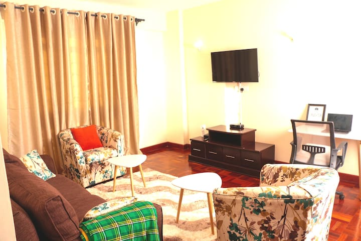 Stylish Living BNB Furnished Apt Westlands Nairobi