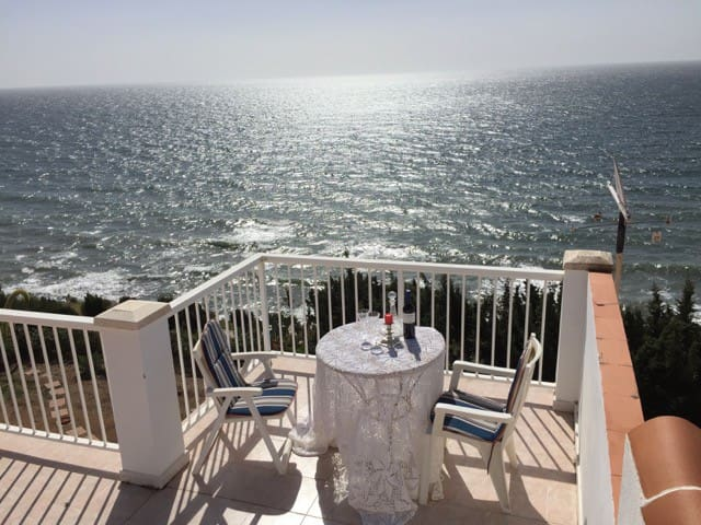 Amazing villa overlooking the Mediterranean Sea - Vélez-Málaga - Dom