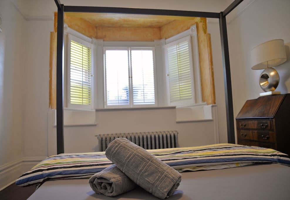 Renovated room with new Queen double bed
