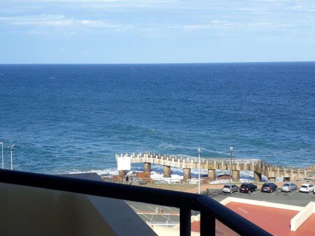 Top Floor - Seaview Unit with stunning Sunsets!