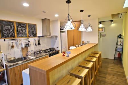 九份 Hostel/(A)女背包客4张床位 免费早餐现场制作还有百万山海美景