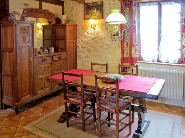 Holiday home in Saint Matré for 5 persons