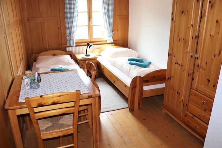 Zweibettzimmer OG