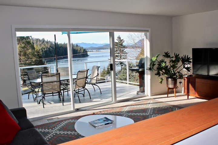 Ocean Hill House: ocean view, walk to town/Tonquin