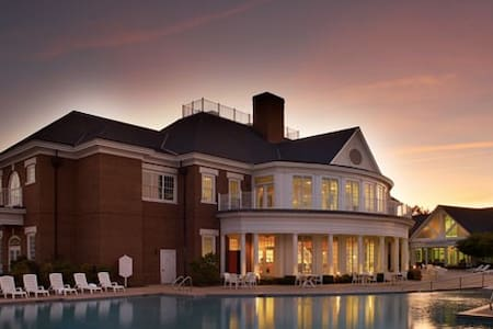 Williamsburg Plantation: 4-BR / 4-Baths,Sleep 12 - Williamsburg - Appartement en résidence