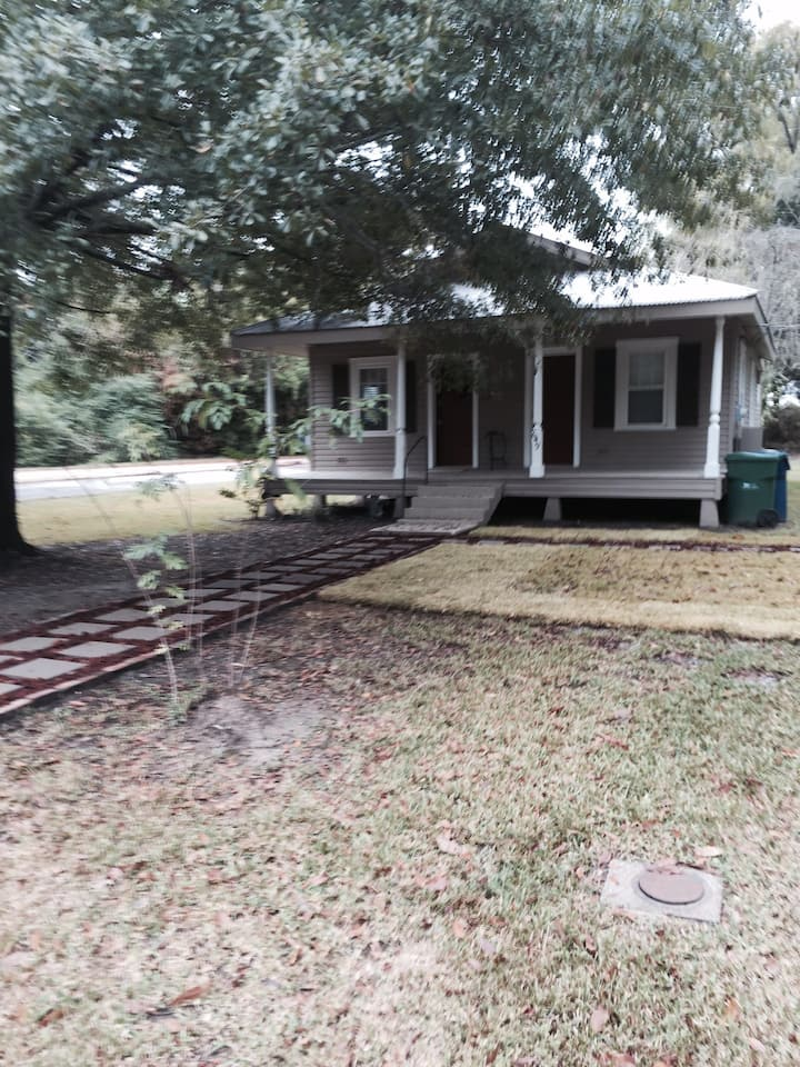 Old Mandeville Cottage on  St. Tammany Trace