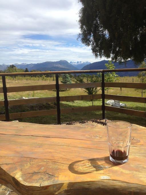 Magnifica vista de Los Andes desde el deck