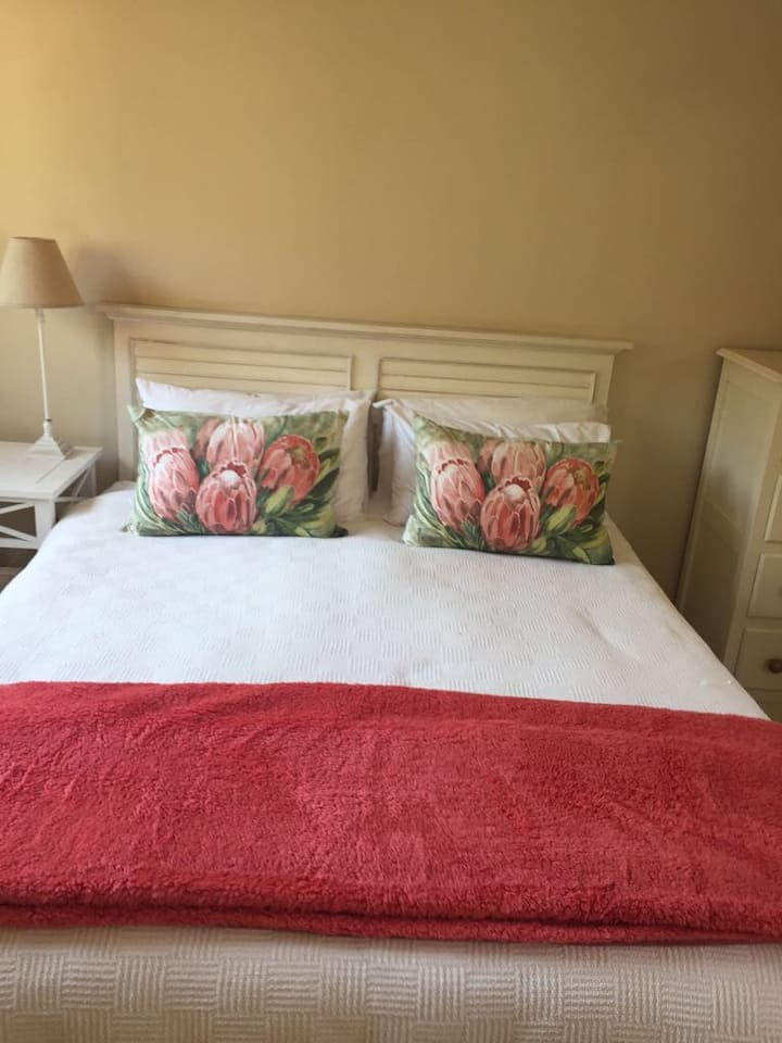 Lovely cottage close to Sandton CBD in Willowild