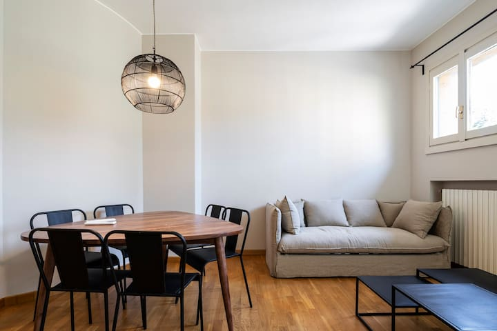 Cornaggia Apartment 3 - Cool & Design new flat!