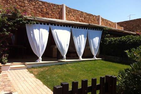 Splendida casa fronte mare Sardegna - Li Cuncheddi