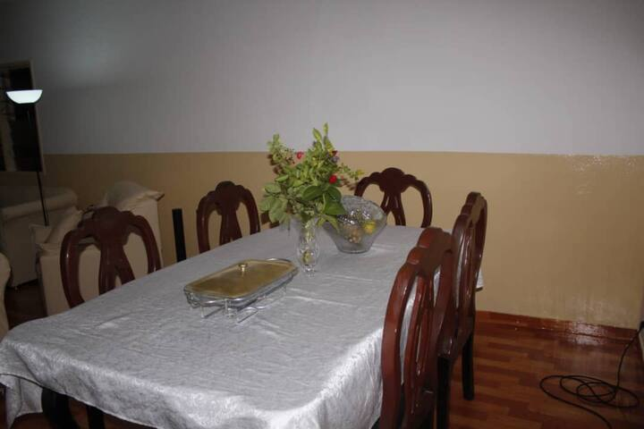 2 rooms/separate space in villa, 5m to Haie Vive