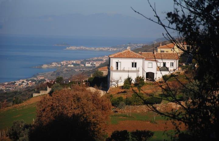 Agriturismo Villa Cirimarco Tripla con Terrazzo