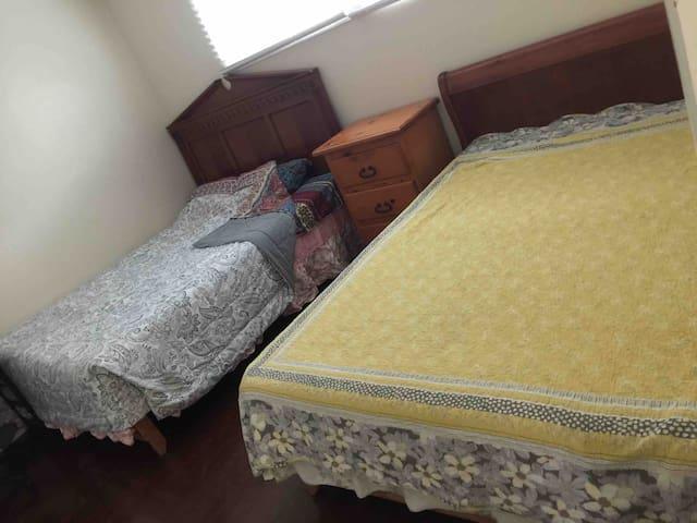 家庭房(私有房间,不是共用房间)