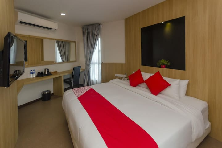 1BR Presidential Suite@ Rs Boutique Hotel
