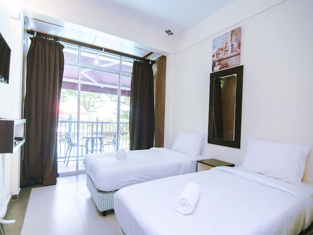 Nawawi's Cottage- 1BR Standard Twin! Wow Deal!