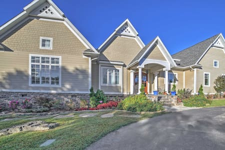 Luxe Branson Area Home w/ Pool, Hot Tub & Views!