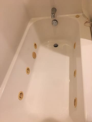 Private Bathroom Jetted Tub