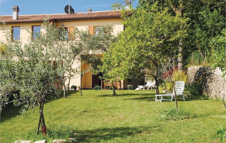 Semi-Detached with 2 bedrooms on 90m² in Citta´di Castello (PG)