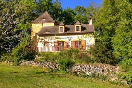 Beautiful Le Coutal - Dordogne - Berbiguières - Дом
