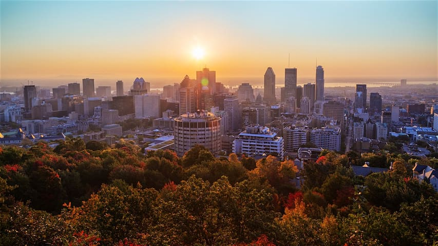 Guidebook for Montréal