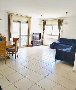 Comfortable 2 bedroom apartment in Kaiser, Modi'in