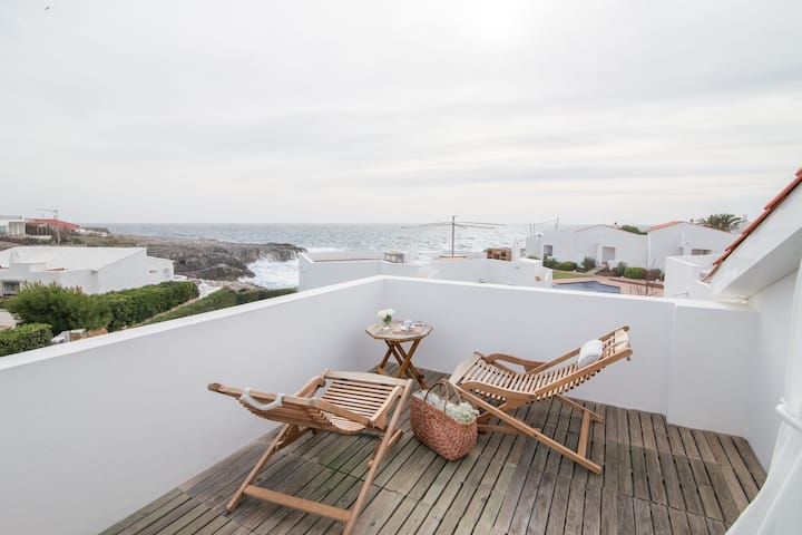 Villa Excellent | Pool and access to the beach