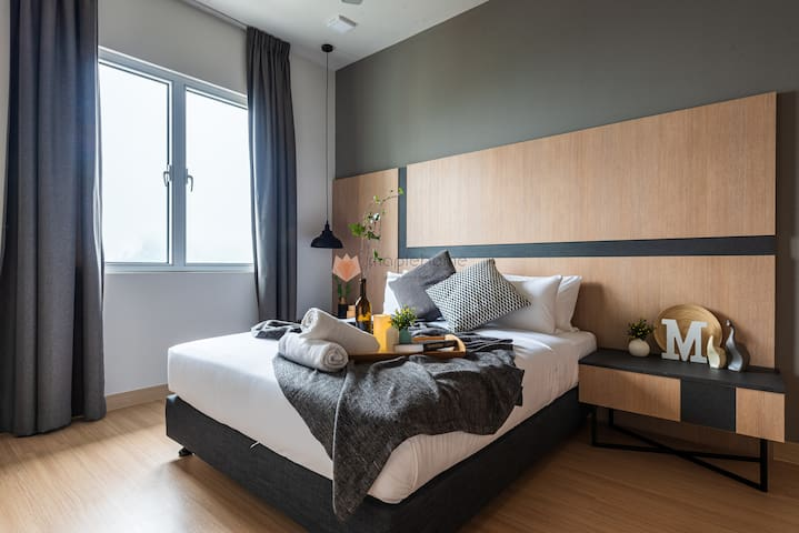 Sophisticated 1+1BR Balcony Suite @Geo38 Genting
