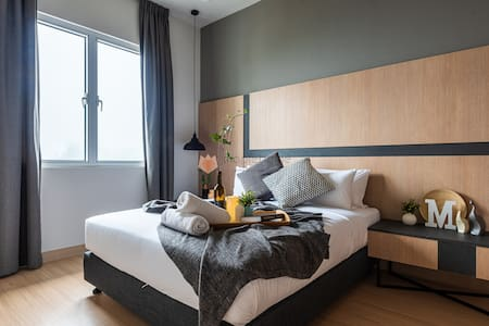 Sophisticated 1+1BR Balcony Suite Windmill Genting