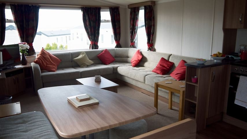 Allhallows Static Caravan