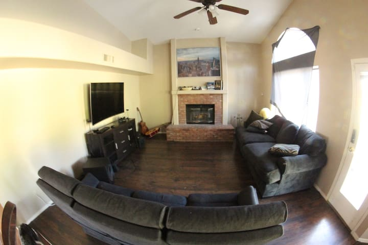 Upstairs room in a large house in Gilbert.