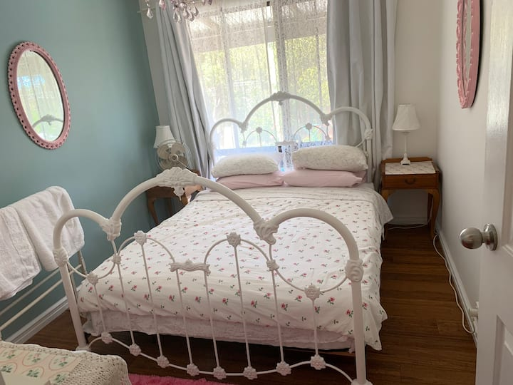 Byfield Road Airbnb
